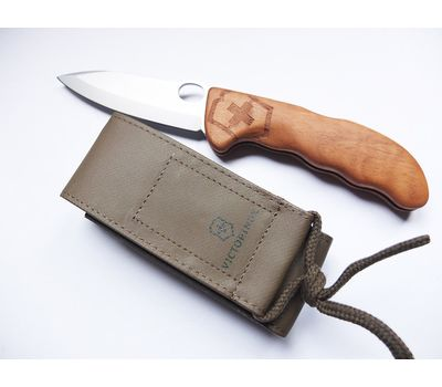 Швейцарский складной нож Victorinox Hunter Pro 0.9410.63 Wood