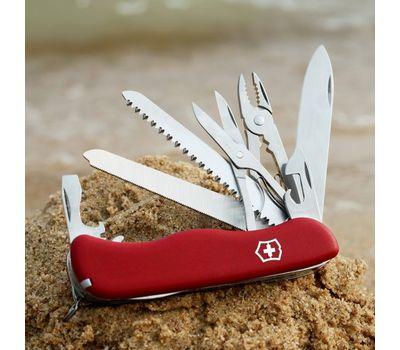 Швейцарский нож Victorinox Workchamp 0.9064, красный