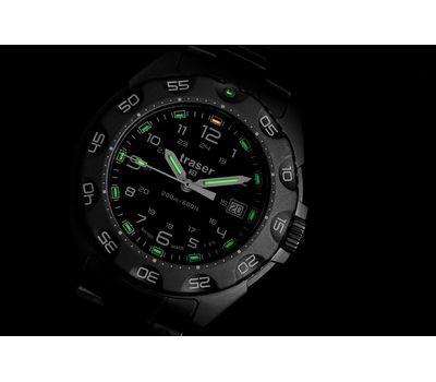 Часы Traser Special Force 100, ремешок НАТО, ночью