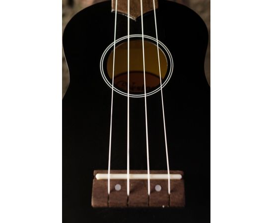 Укулеле - гавайская гитара, сопрано, Veston KUS-15BK, чёрная